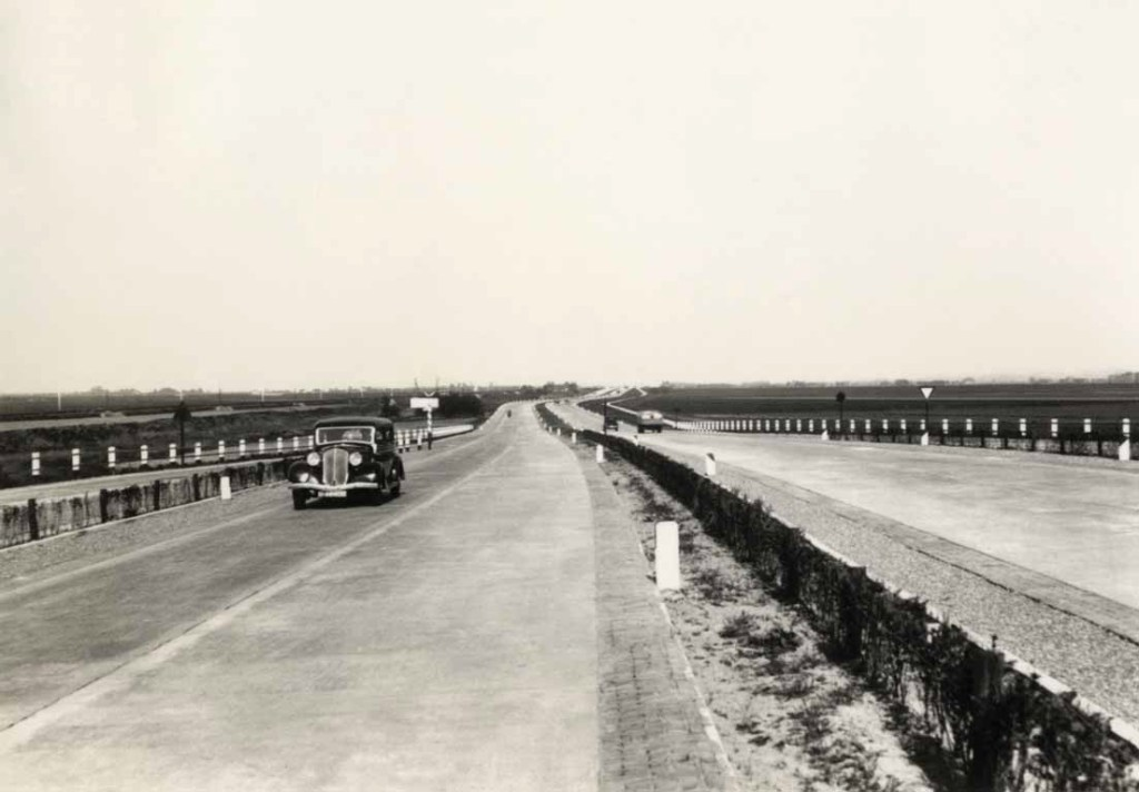 Terug naar 1937