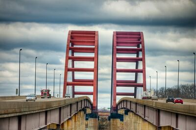 Jefferson Barracks Bridge.jpg